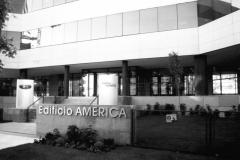 Edificio Fujitsu en 1998
